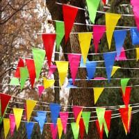 Wimpelkette, 38m Mehrfarbige Wimpeln aus Baumwolle mit 100 Stück Farbenfroh Flagge für Hochzeit ,Geburtstagsfeier ,Garten,Indoor Outdoor Dekoration
