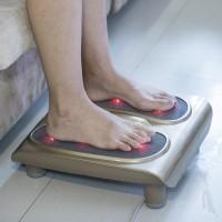 Fussmassage Gerät elektrisch mit 18 Massageköpfe Fussmassager golden