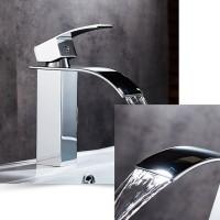 Wasserfall Wasserhahn Waschtischarmatur Wasser Vorhanden Waschbecken Bad