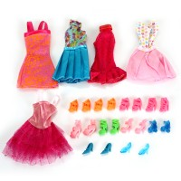 5 Fashion Kleider mit 10 Paar Schuhen Partymoden für Kinder Geschenk