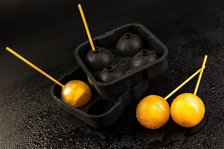 4 x eisw rfelform eiskugel formen silikon ice balls mould. Black Bedroom Furniture Sets. Home Design Ideas