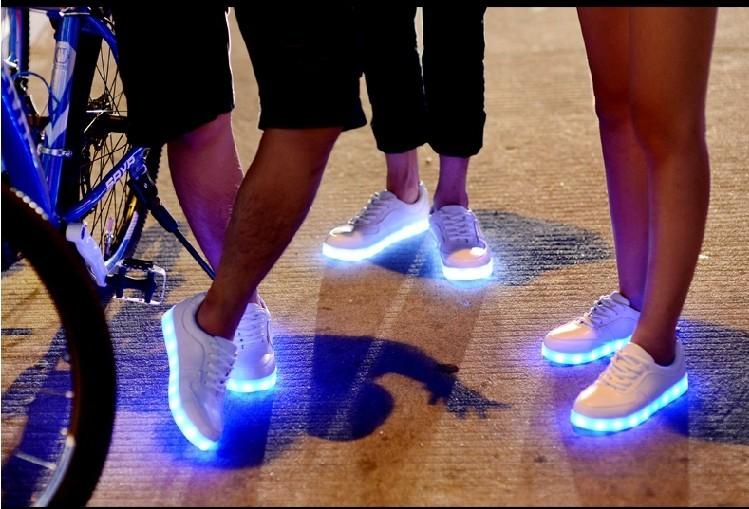 huge discount 29fb3 832a1 LED Schuhe Sneaker Leuchtende Turnschuhe günstig kaufen ...